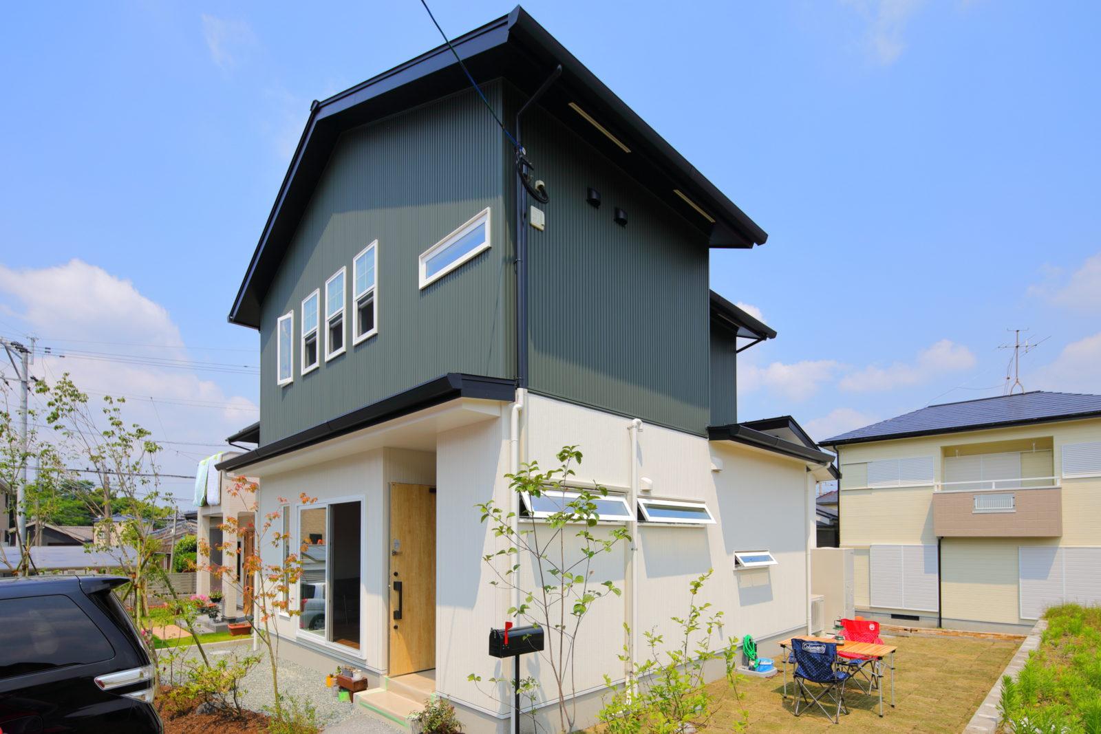 緑のガルバの家