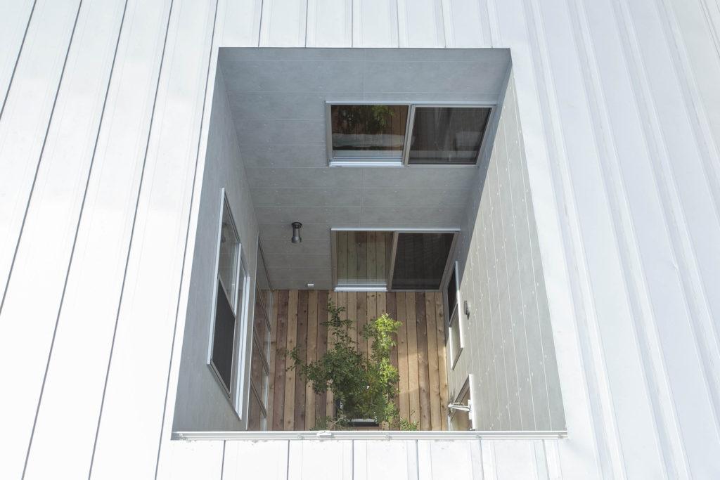 鹿児島市谷山中央で完成見学会 ZERO-CUBE【回KAI】ACT2 CUSTOM 天空から光が降りそそぐ家