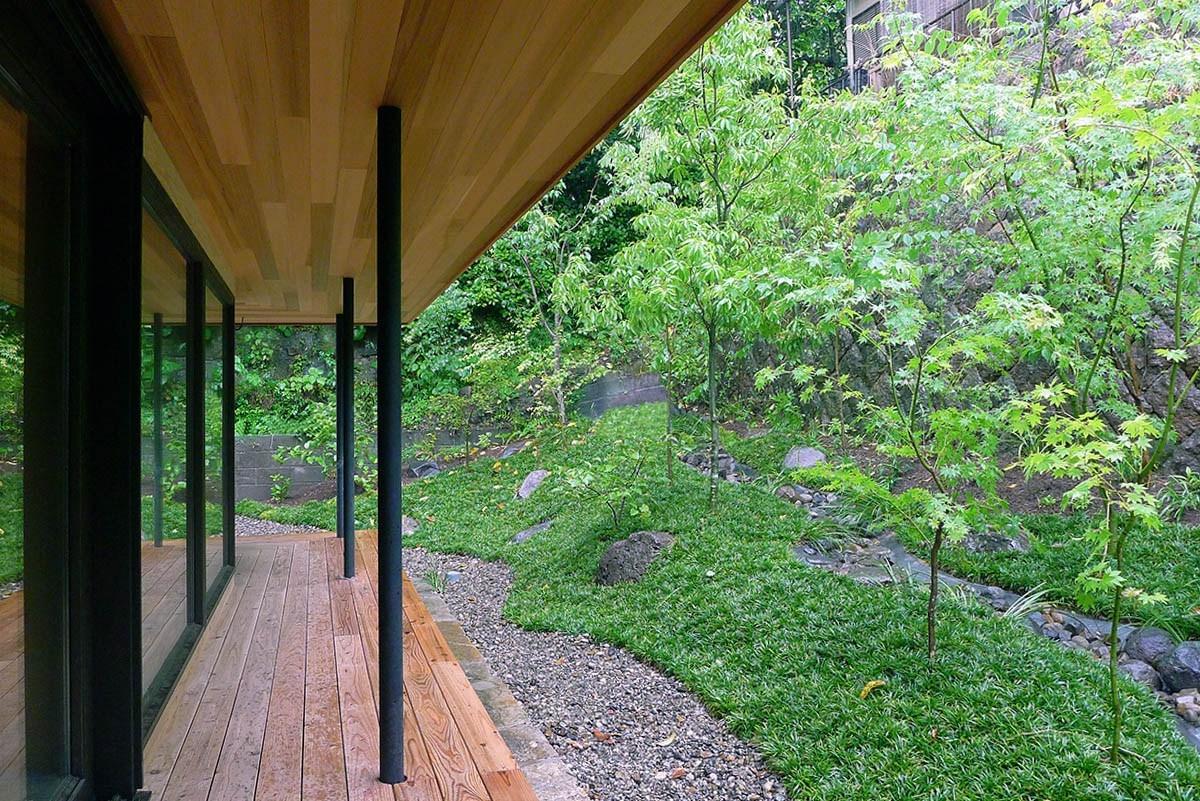 鹿児島市下竜尾町で完成見学会 緑とせせらぎの家