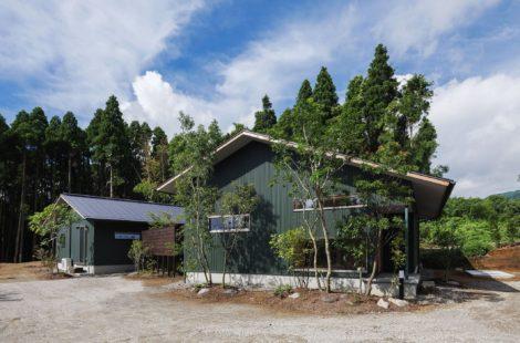 ショーホーム 二つ屋根の家