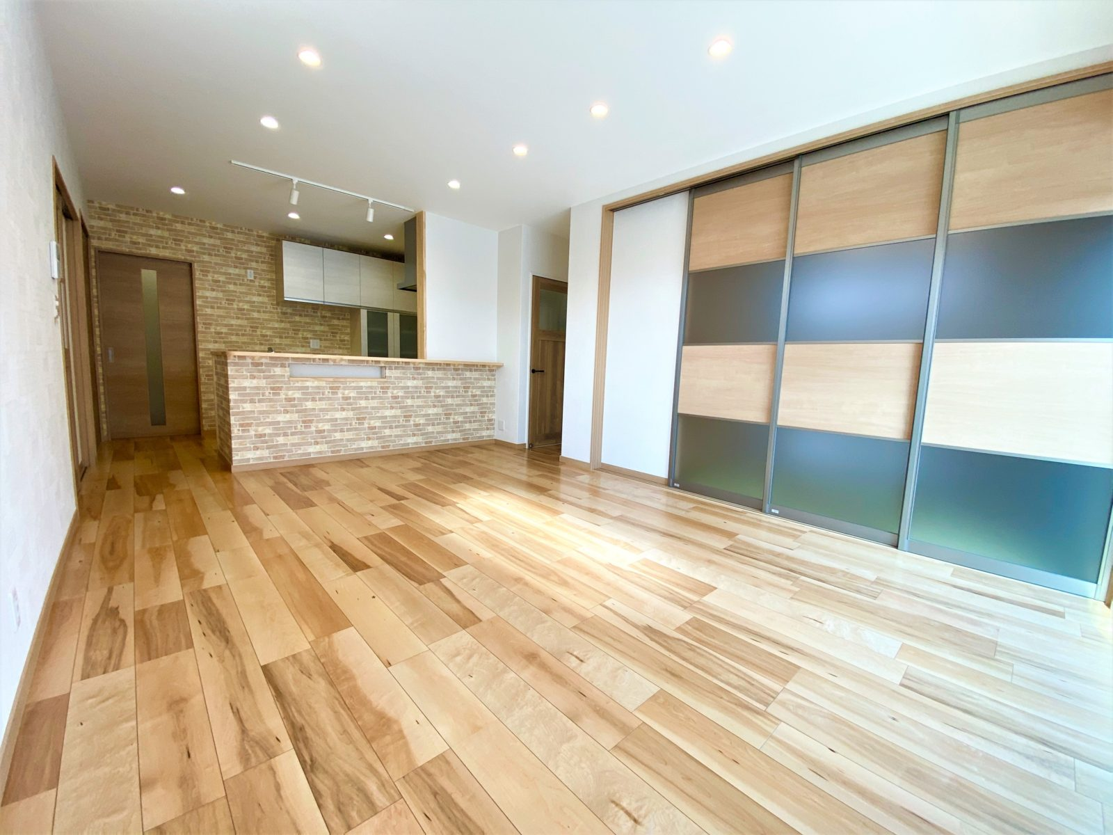鹿児島市坂之上6丁目でオープンハウス 豊富な収納でスッキリ暮らせる平屋建て
