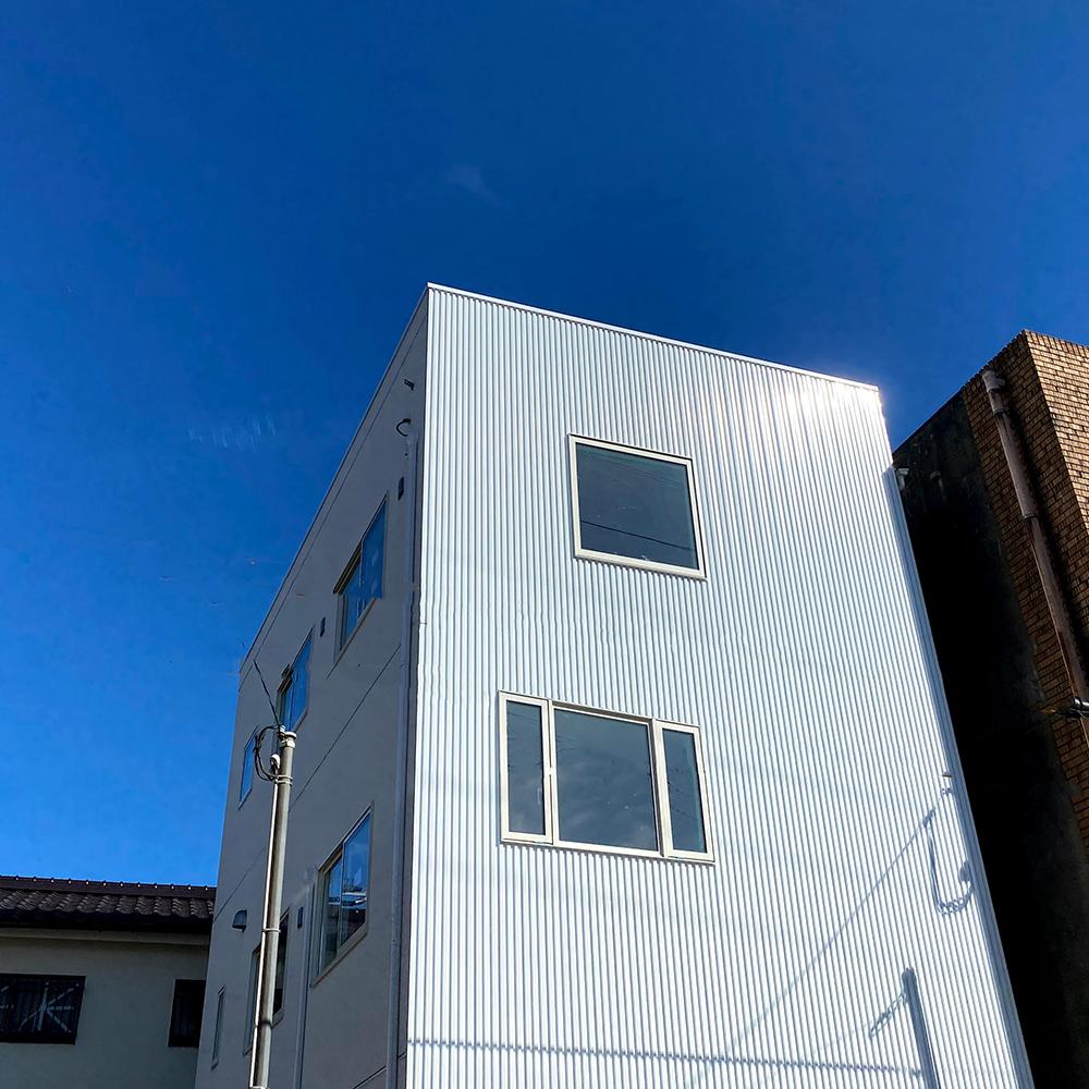 鹿児島市上草牟田で3階建ての家「FLAT3 inner GRAGE」完成見学会