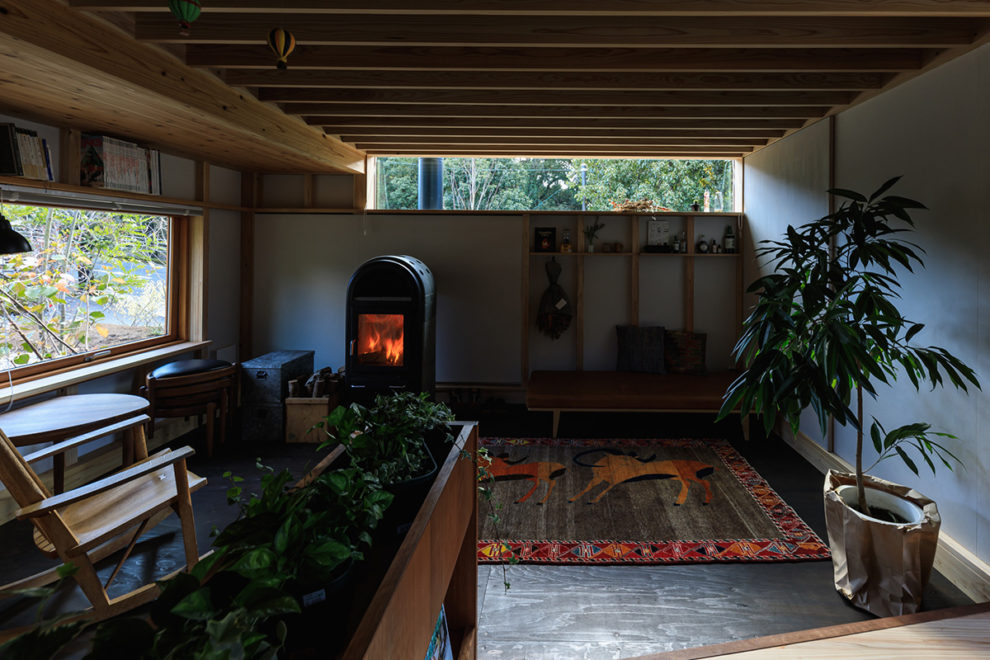 鹿児島市牟礼岡で暮らしの見学会 築1年、森のコテージライフ
