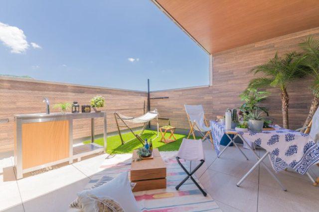 鹿児島市吉野町で完成見学会 屋上庭園+倉収納の家