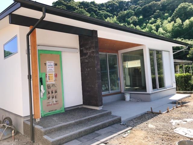 鹿児島市山田町で平屋完成内覧会 自分の山の木を使った家 | 住まいず